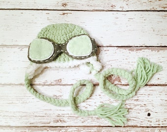 RTS - Aviator Newborn Crochet hat with goggles and braids - Green color - Photo prop - Halloween costume - Ready to ship - pilot hat