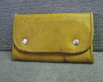 Vintage Leather King Moore Waist Belt Loop Fly Fishing Pouch Lodge Cabin Decor