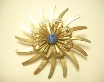 Vintage Blue Sapphire Rhinestone Sunburst Brooch (6566)
