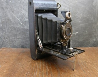 1930S Rare Canadian kodak no2 folding autographic brownie free uk post
