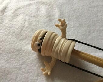 Mummy Double Pointed Needle Holder