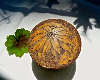 Vintage Box - Round Lidded Box - Folk Art Small Box - Antique Pyrography Box - Poinsetia Burned In Floral Design - Dresser Trinket Box