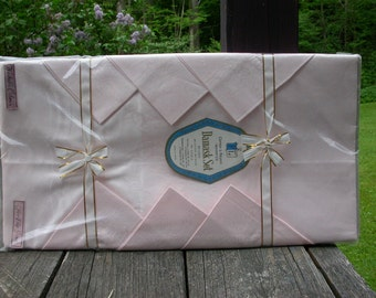Vintage Pink Damask Tablecloth and 6 Napkins Original Packaging Unopened New Old Cloth 54 by 74 Inches