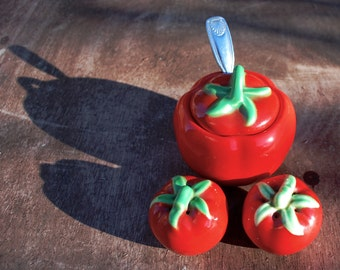 The Pantry Parade Tomato Salt and Pepper and Condiment Bowl