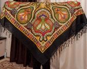SALE Russian shawl. Hustka. Black Platok Turkish ornament. Folk Scarf. Ethnic Babushka,  abstract foulard russe, chale russe