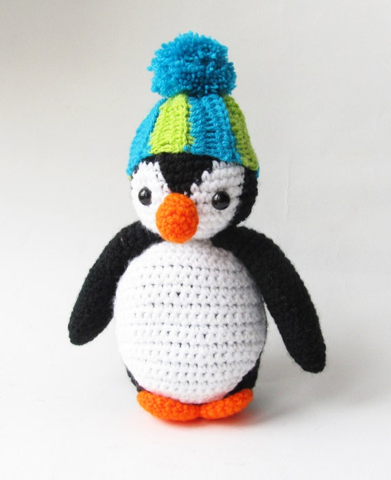 Amigurumi Patterns Penguin : Amigurumi crochet oscar the penguin pattern pdf instant