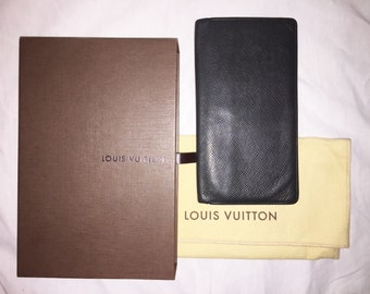 Authentic Vintage Louis Vuitton Long Card Holder Checkbook Passport Wallet Taiga Leather LV Box Dust Bag