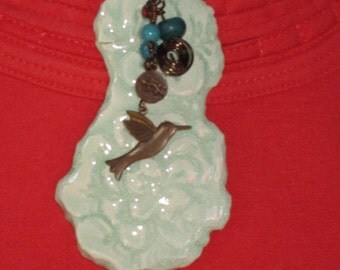 Ceramic lace necklace