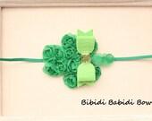St. Patrick's day headband - Shamrock headband- Girls headband- Hair accessories- Green flower headband - photo prop
