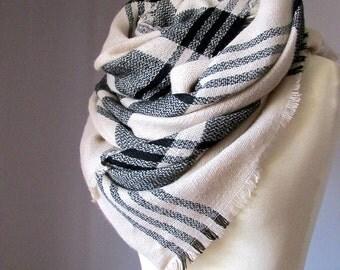 Winter scarf, blanket scarf , plaid scarf,  chunky scarf, Beige scarf