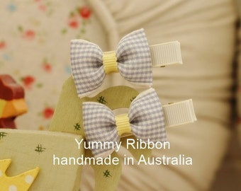 A pair baby clip,lovely girls hair accessories,kids hair accessories,baby hair accessories,toddler hair accessories,grey ribbon bow clip