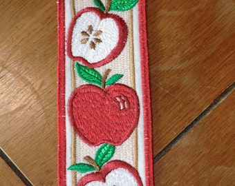 Embroidered Bookmark - Felt - 3 Apples