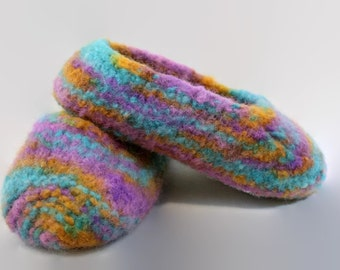 Childs multi colored felted wool slippers US size 12