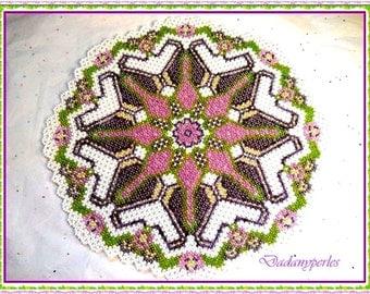 bead weaving doily violette