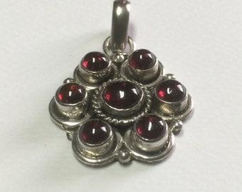 January Capricorn birthstone garnet vintage sterling silver pendant