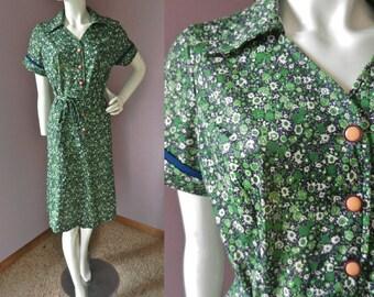 Vintage 1970's Green & Navy Floral Polyester Day Dress // Shift Dress // Size Large
