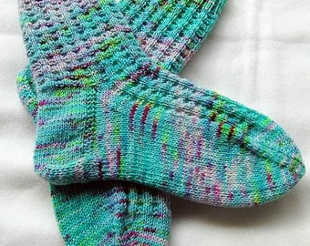 Hand Knit Socks  for Women UK 5-7, US 7-9 Piratenwolle Nr. 26