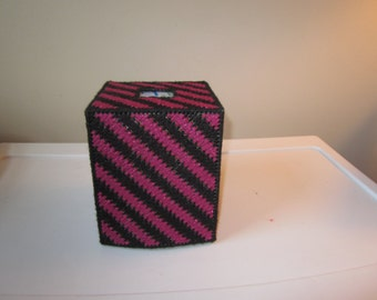 blue nursery boutique tissue box cover in plastic needlepoint. Black Bedroom Furniture Sets. Home Design Ideas