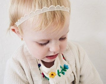Scalloped THIN band - cream embroidered