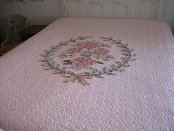 chenille rose vintage couvre lit couverture de lit frang. Black Bedroom Furniture Sets. Home Design Ideas