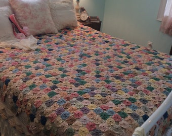 Gorgeous Vintage  YoYo  Quilt Handmade Fairytale Enchanting Art History