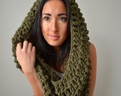 Fort Valley Oversized infinity hood scarf-olive