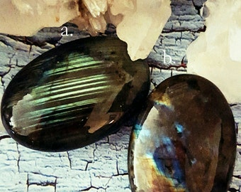 SageAine: Labradorite Stones, Auric Shield, Empath Stone,  Psychic Protection, Reiki Charged, Crystal Healing
