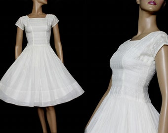 Vintage 1950s Dress White Swing Cocktail Party Dress Couture Mad Man Femme-Fatale Rockabilly Garden Party