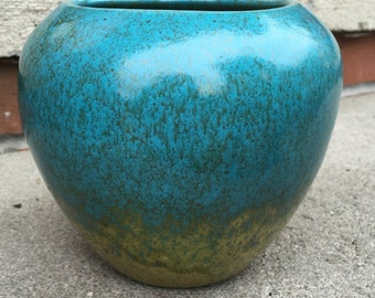 Vintage Mid-Century Modern Retro Mod Turquoise And Chartreuse Pottery Vase L516C35