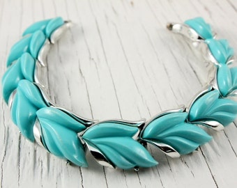 Vintage Blue Thermoset Leaf Link Bracelet (retro 50s 60s plastic leaves silver tone pretty bright colorful aqua fun cute spring easter)