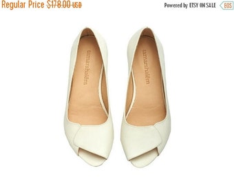 SUMMER FINAL SALE Peep toe handmade leather white flat Aya / brides wedding  white open toe sandals