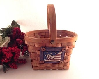 Chipwood Basket Americana Stars and Stripes Red White Blue Decorative Utility Basket with Handle Vintage Home Decor