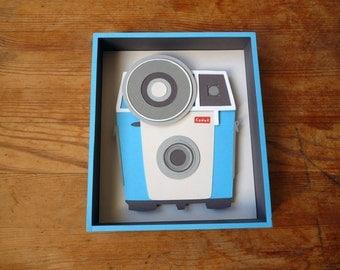 Box paper / diorama / paper cut / blue vintage camera
