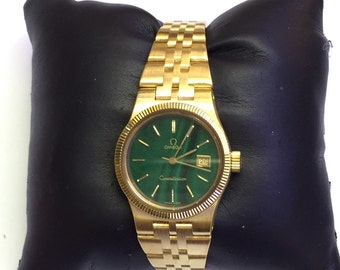 18k yellow gold Ladies Omega watch mint