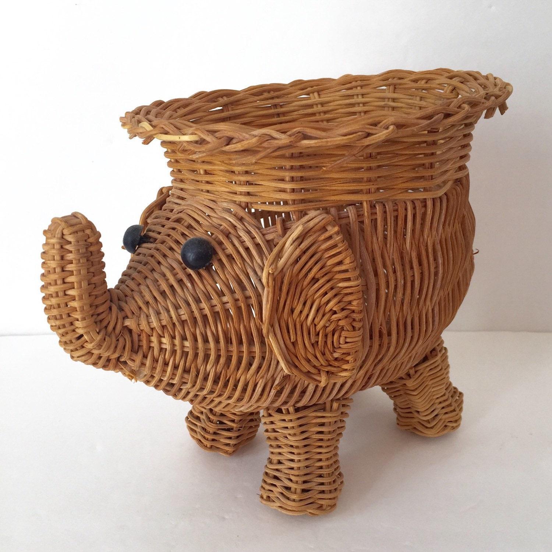 Vintage elephant wicker basket - Elephant wicker hamper ...