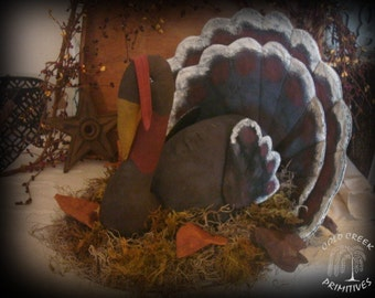 Primitive Turkey Centerpiece
