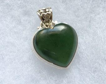 Nafed Jade Gemstone Pendant Necklace in Sterling Silver Design
