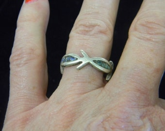 Sterling Silver 925 Fish Ring SZ 7.5  # 7072
