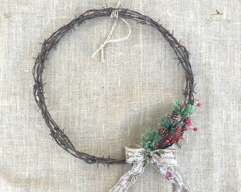 Barbed Wire Christmas Wreath, Rustic Christmas Wreath, Farmhouse Holiday Decor, Country Christmas Decor, Metal Wreath, Country Chic Wreath