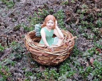 Fairy Bed Nest - Miniature Garden Accessory Fairy Garden Furniture