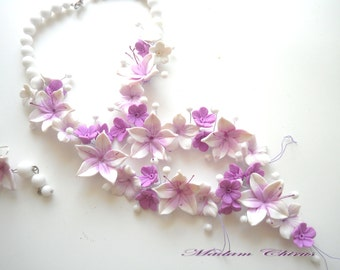 Necklace with lilies, necklaces, earrings, wedding necklaces, handmade necklaces and white agate pendant ornament