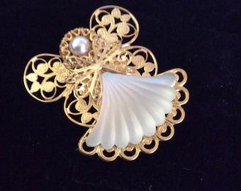 Jane angel brooch 1-1/2 in