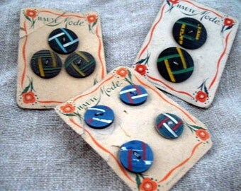 Set of 3 antique French (1940's) Haute Mode buttons bakelite?