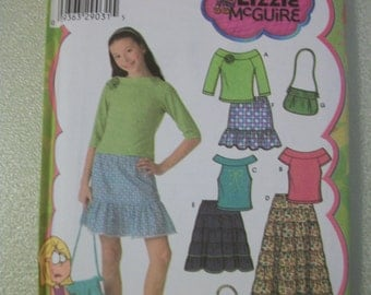 Simplicity 4650 Girls Size AA 8-16 skirt in 3 lengths, purse and knit tops