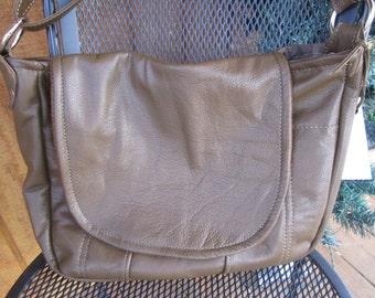 Dark Tan Genuine Leather Purse with 'hobo' look