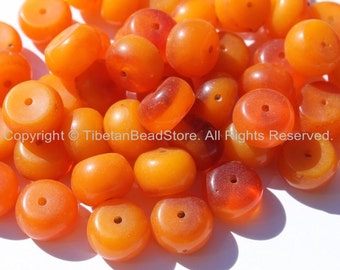 Tibetan Beads - 10 beads Tibetan Small Amber Copal Resin Beads - Ethnic Tibetan Honey Amber Resin Beads - Tibetan Bead Store - B1197B-10