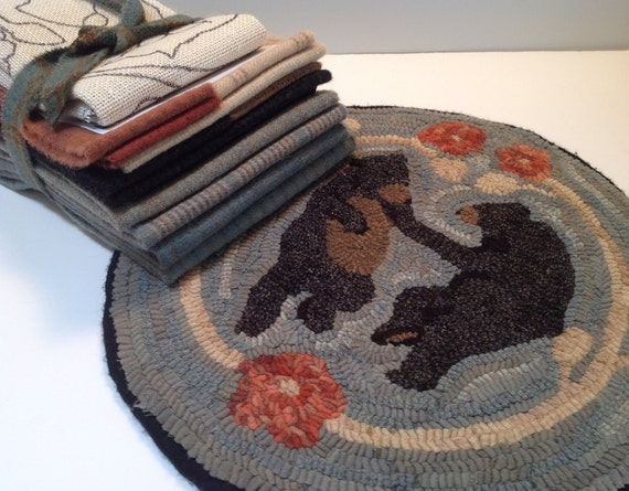 "Primtive Rug Hooking Kit for ""Dancing Bears""  14"" Chair Pad  K110"