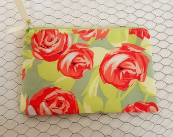 Zipper pouch / cosmetic bag / makeup bag / Amy Butler roses