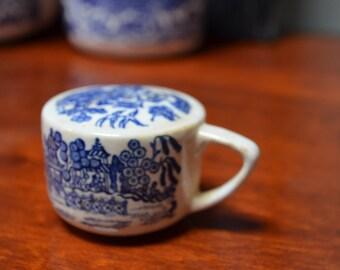 Pepper Shaker Royal Blue Willow Pepper Shaker Blue Willow Royal China Sebring Ohio Blue White China