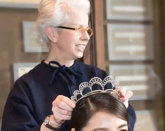 Crown-Bridal rhinestone crown,tiara,hairpiece. 1 Day process,ship from GA